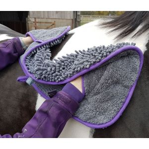 Henry Wag Equine Noodle Glove Towel
