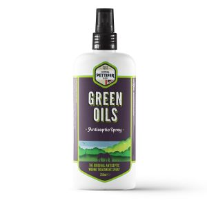 Thomas Pettifer Green Oils Antiseptic Spray - 250ml